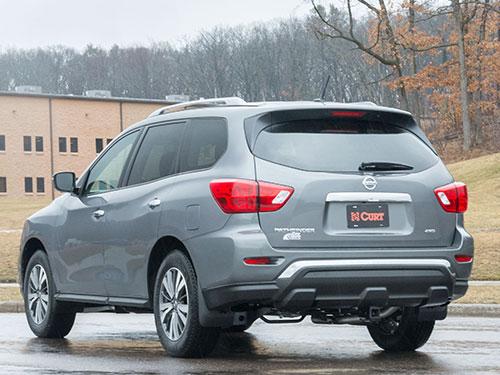 Nissan Pathfinder Hitch Application - Southside Hitch